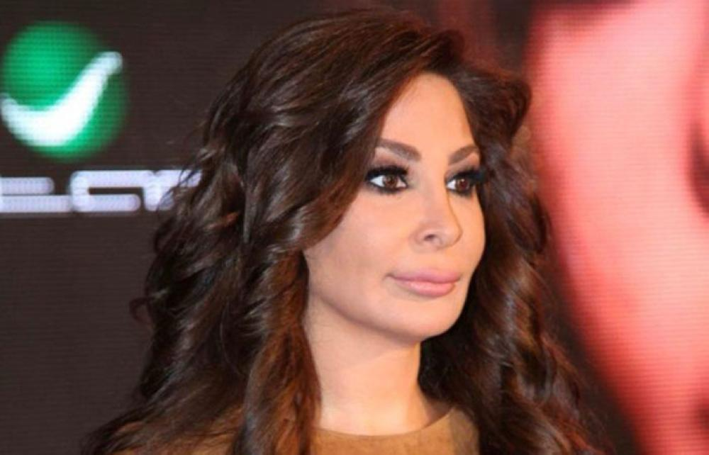 xإليسا أو إليسار زكريا خوري، من مواليد دير الأحمر ، تحمل شهادة في العلوم السياسية في الجامعة اللبنانية.